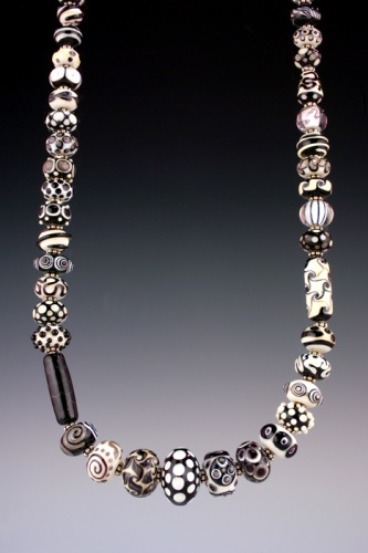 black and white optic necklace